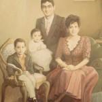 1995,DONA NORMA Y FAMILIA,oleo-lienzo,60x45